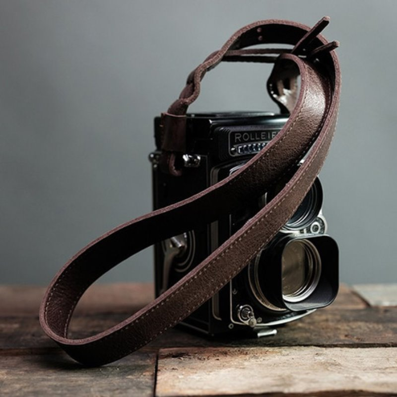 [Barton1972] Leather Neck Strap Rollei - Brown